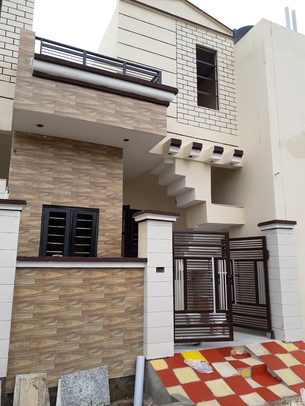 65 Sq Yards Independent House For Sale on Bhabat Road Zirakpur Call-9888777712